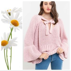 Canyon Rose Big Bell & Bow Sweater